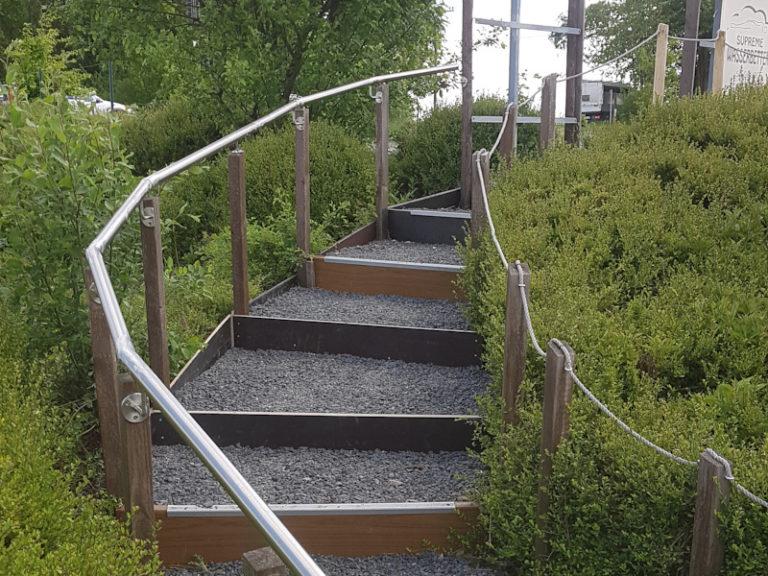 Treppe ausgebessert…